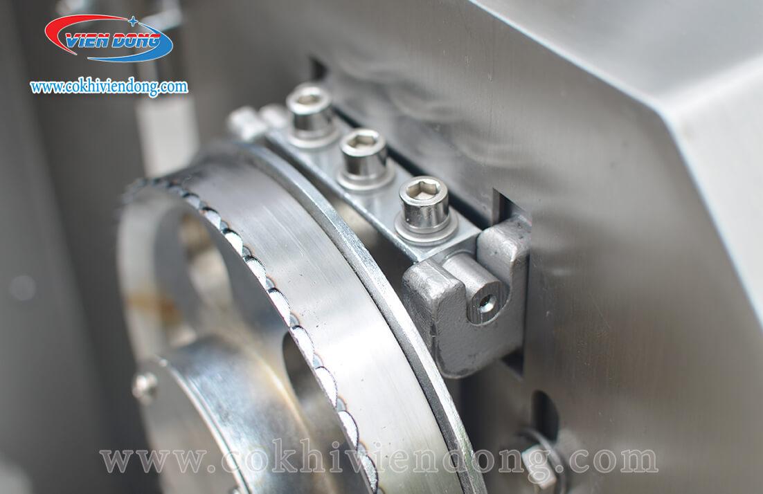 Máy cưa xương SJY F120A bàn lật