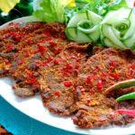 Cách làm thịt bò khô của các cơ sở sản xuất dịp cận Tết