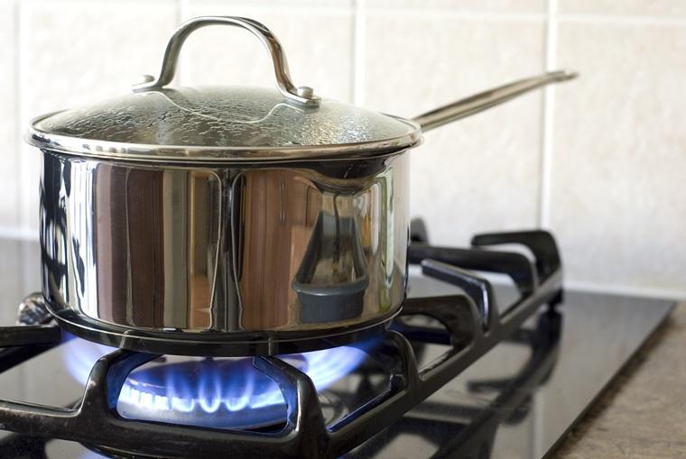 Cách làm bánh bông lan không cần lò nướng