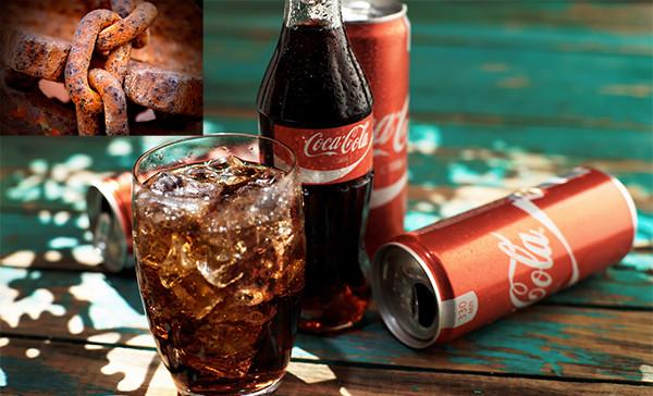 Dùng coca để tẩy rỉ sét